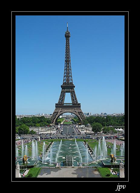 http://jpvhfr.free.fr/images/tour-eiffel01.jpg